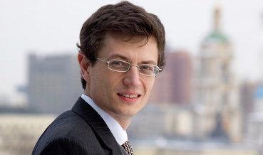 Рубль развеивает все прогнозы и оказывается намного более крепким, - Ярослав Лисоволик,главный экономист Евразийского банка развития