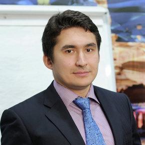 Искандер Абдуллаев