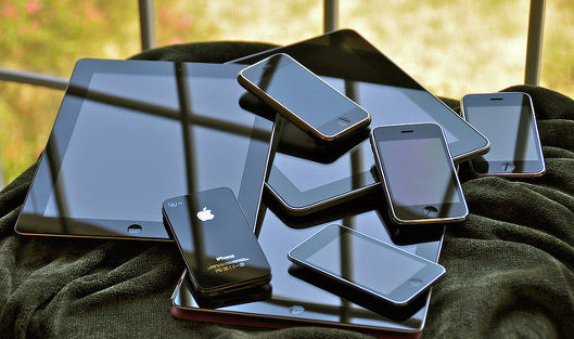 Продажа iphone 4 и ipad 2 в сша может быть
