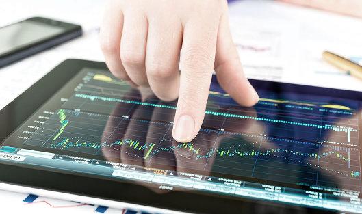 767385299 - Рынок акций РФ умеренно растет по РТС в отсутствие крупных игроков