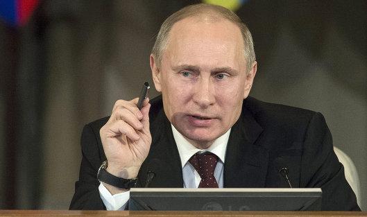 Путин возложил вину за обвал рубля и фондового рынка на ФРС США