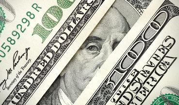 Экономический советник Трампа настаивает на сильном долларе