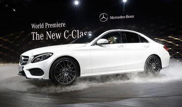 Daimler начнет строить завод легковых Mercedes в России