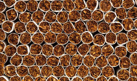 Минздрав РФ отказался отзапрета торговать табак родившимся после 2015 года