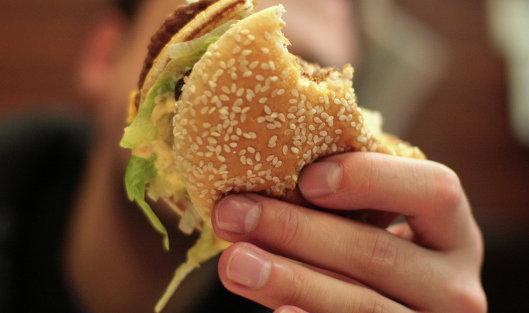 В РФ McDonald's указывает заниженное число калорий в«Биг Маке»