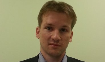 """В начале торгов возможна консолидация немногим выше отметки 58 по паре доллар-рубль, - Антон Старцев,ведущий аналитик ИФ """"Олма"""""""