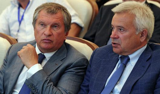 793418264 - Нефтекомпании РФ согласились снизить добычу на равный процент