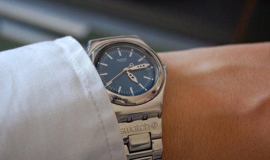 Часы сдать свотч ли можно по стоимость машины часам тонн 5