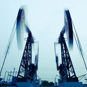 МЭА ожидает снижения добычи нефти в РФ в 2016 году на 1%