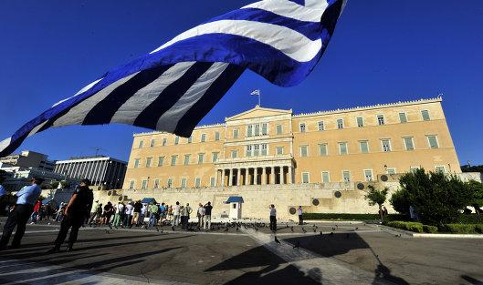 Руководство Греции оценивает как очень успешный выход нафинансовые рынки