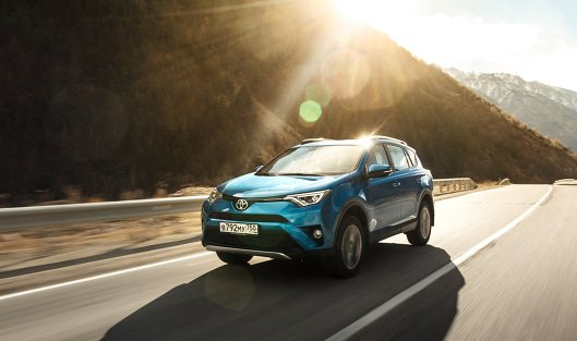 Завод Toyota вПетербурге начал производство RAV4