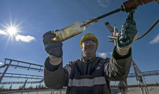 826872359 - СПбМТСБ предлагает заменить Brent на Urals на рынке нефти