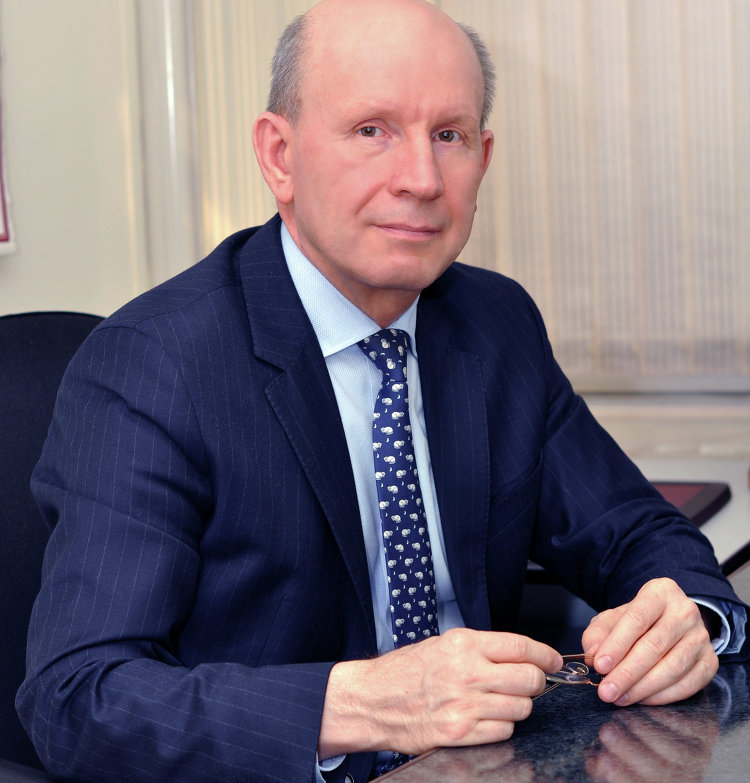 # Председатель Союза Золотопромышленников России Сергей Кашуба1