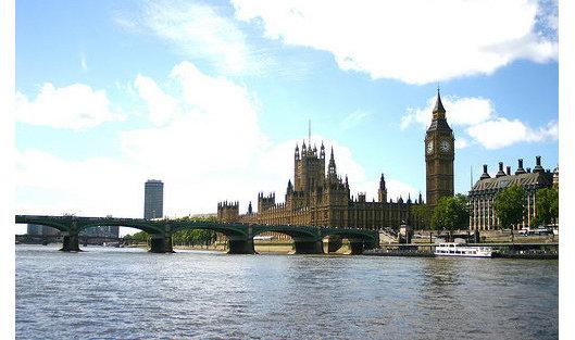 Палата лордов английского парламента одобрила поправку кзакону оBrexit