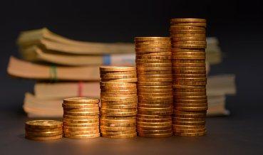 Госбюджет сократит расходы на пенсии, ПФР - наоборот
