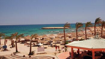 Пляж отеля Golden 5 City в Египте