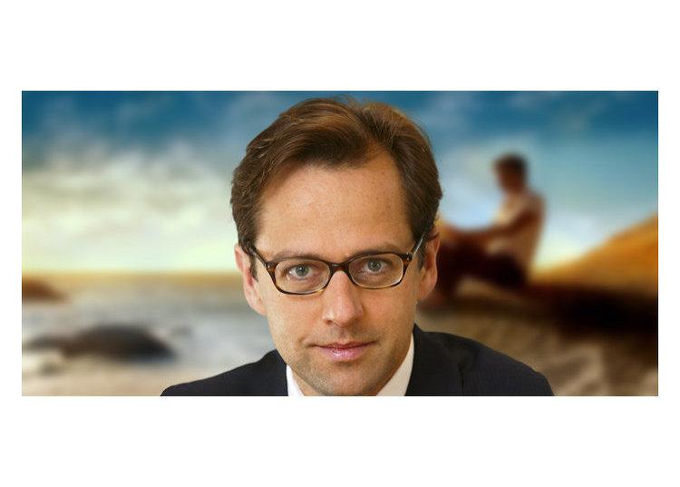 глобальный руководитель по стратегии компании Schroders