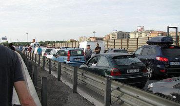 Продажи новых автомобилей в ЕС за 2 месяца выросли на 6,2%