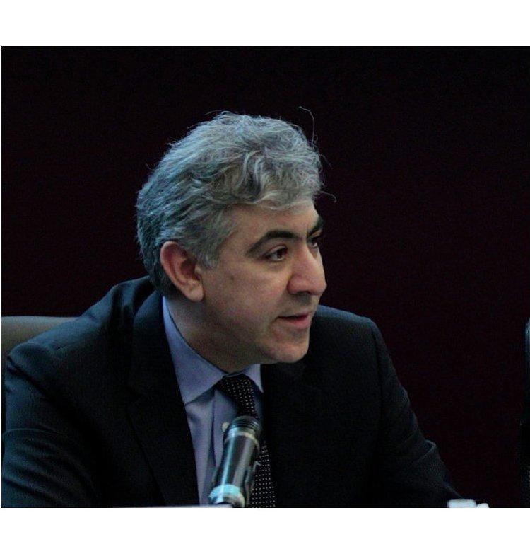 заместитель председателя по государственным облигациям и государственным институтам Morgan Stanley