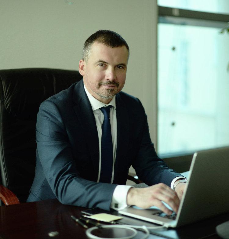 #Михаил Якунин, глава РНКБ