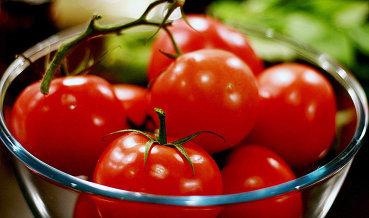 Турция не согласна считать импорт мяса из РФ условием для снятия ограничений с томатов
