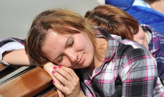 Эксперты НАФИ: жители России работают на80% собственных возможностей из-за недосыпа