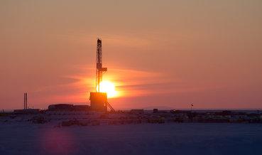 Миннефти: Ирак соблюдает обязательства по сокращению добычи нефти в рамках ОПЕК+