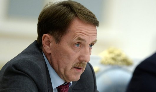828295698 - Медведев предлагает экс-главу Минсельхоза Гордеева на пост вице-премьера по АПК