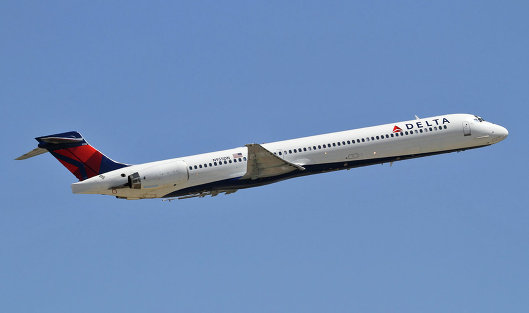 #Самолет MD-90 Delta AirLines