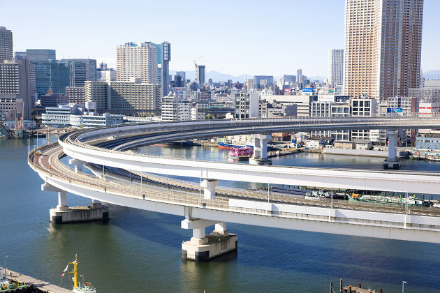 В Токио из-за отключения электричества задерживаются поезда