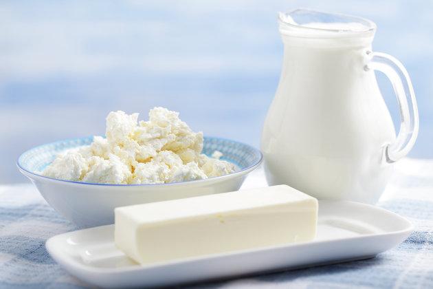 """РФ и Белоруссия подписали """"дорожную карту"""" по снятию ограничений на ввоз молочной продукции"""