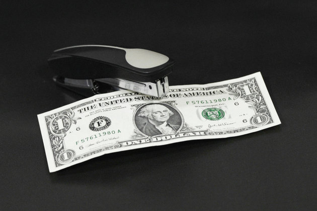 Аналитик рассказал о скорой девальвации доллара