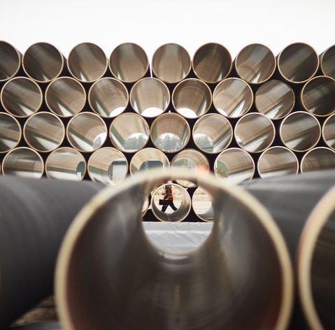 """#Трубы для газопровода """"Северный поток ‑ 2"""" на заводе по обетонированию в Котке, Финляндия"""