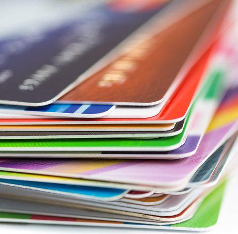 828768900 - Доля просрочки по кредитным картам в РФ во II квартале снизилась до 13,7%