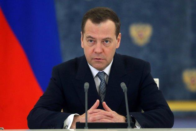 % Дмитрий Медведев