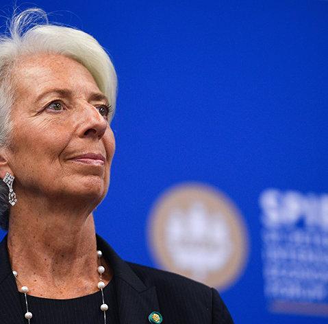 Лагард обсуждает с Зеленским и Порошенко поддержку Украины со стороны МВФ