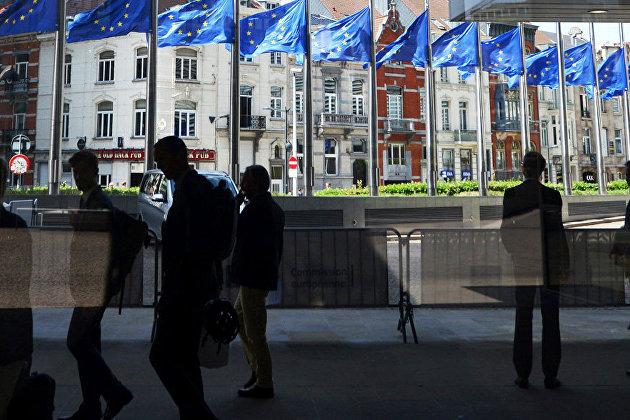 %Флаги ЕС в Европейском квартале в Брюсселе