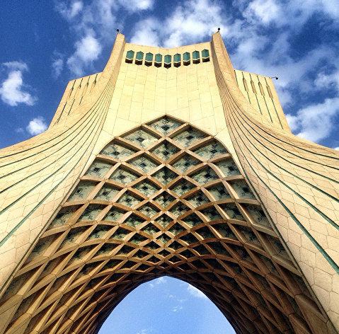 Роухани объявил оновом сокращении ядерных обязанностей