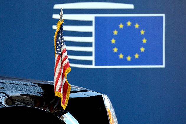 %Флаги США и ЕС