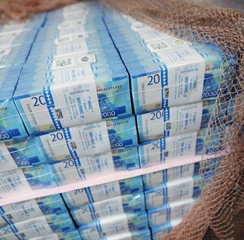 Пять триллионов на восстановление экономики: кому достанутся деньги
