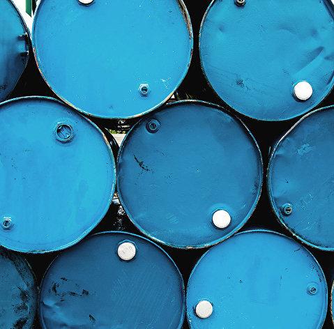 Цена нефть марки WTI замедлила темпы падения, Brent - ускорил рост