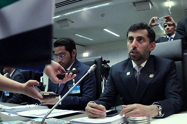 #Министр энергетики ОАЭ Сухейль Мухаммед аль-Мазруи  перед началом 173-го заседания ОПЕК. 30 ноября 2017