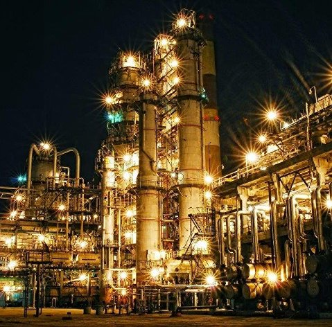 Китайские НПЗ не позволяют обвалиться ценам на нефть