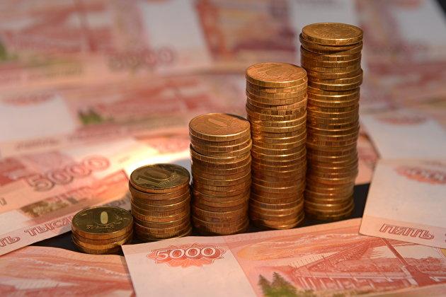 828958396 - Рубль днем уверенно рос к доллару и евро на налогах