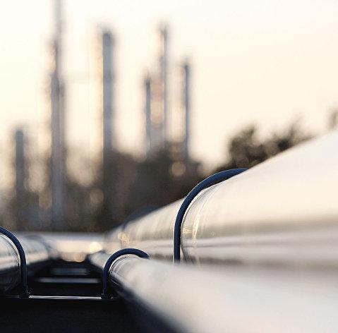 """828958768 - Польша оценивает объем загрязненной нефти, поступившей по """"Дружбе"""", в 1 млн тонн"""