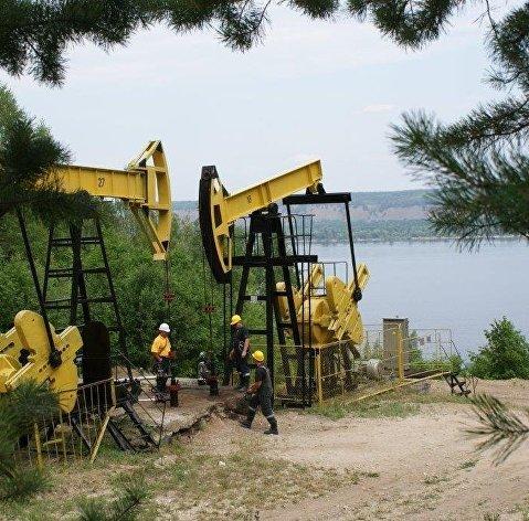 828983133 - Новак: Россия в июле увеличила добычу на 80% от сокращения по сделке ОПЕК+