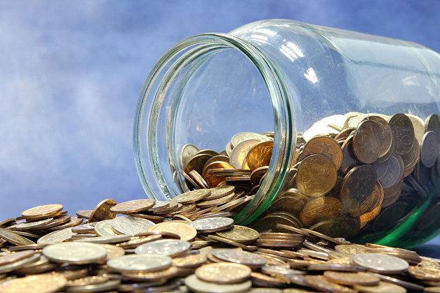 Почти 40% россиян не хватает 10 тыс руб до зарплаты