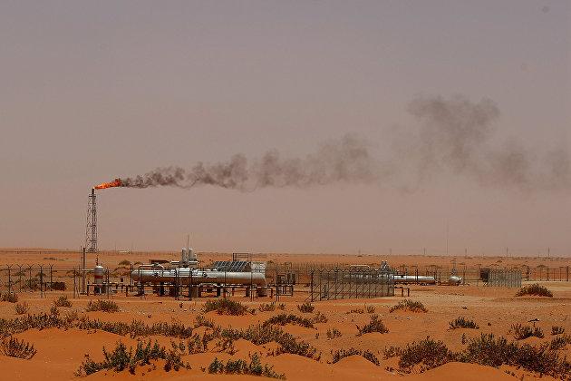 829021200 - Нефть марки Brent опустилась ниже $75 за баррель, подешевев на 5%