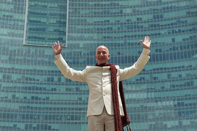 Богатейший человек мира Джефф Безос за день потерял почти $7 миллиарда