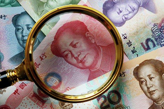 %Китайские банкноты номиналом в 100, 50, 20,10 и 5 юаней